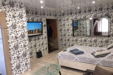 Сдается 1-комнатная квартира посуточно в Южно-Сахалинске, проспект Победы.