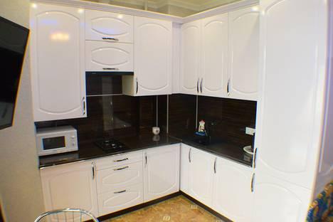 Сдается 1-комнатная квартира посуточно в Адлере, улица Просвещения, 167.