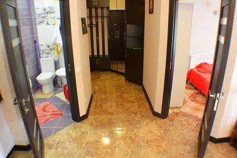 Сдается 2-комнатная квартира посуточно в Адлере, улица Просвещения 167.