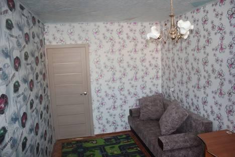 Сдается 4-комнатная квартира посуточно в Яровом, квартал A дом 3.