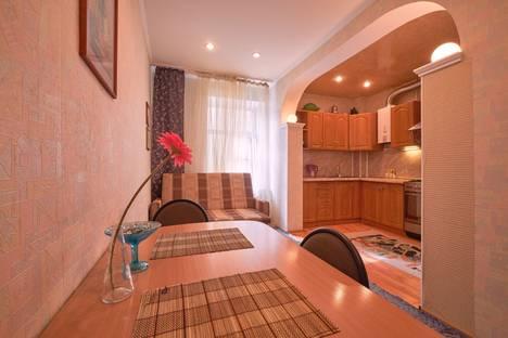 Сдается 2-комнатная квартира посуточнов Санкт-Петербурге, Владимирский проспект, 10.