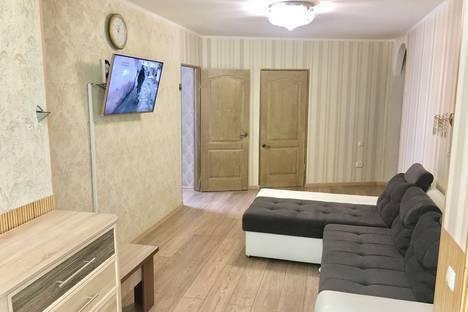 Сдается 3-комнатная квартира посуточно в Гурзуфе, Крым,ул Соловьева 4.
