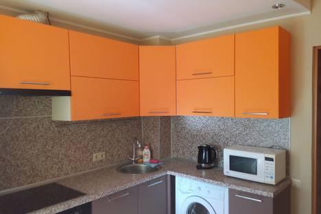 Сдается 1-комнатная квартира посуточнов Тюмени, улица Пермякова, 8.
