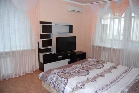Сдается 1-комнатная квартира посуточно в Новокуйбышевске, улица Егорова, 10.