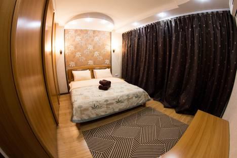 Сдается 2-комнатная квартира посуточно в Алматы, проспект Достык 48.