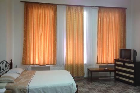 Сдается 1-комнатная квартира посуточно в Симферополе, Тренева 6.