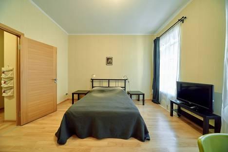 Сдается 2-комнатная квартира посуточно в Санкт-Петербурге, Социалистическая улица, 9.