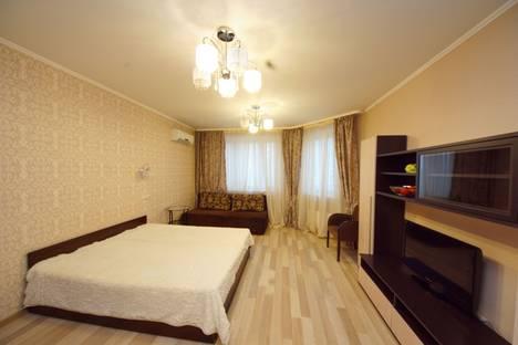 Сдается 2-комнатная квартира посуточно в Люберцах, проспект Гагарина 5/5.