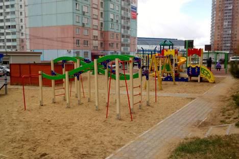 Сдается 3-комнатная квартира посуточно в Хабаровске, улица Морозова Павла Леонтьевича 96а.