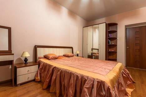 Сдается 2-комнатная квартира посуточнов Воронеже, улица Мопра 8Б.