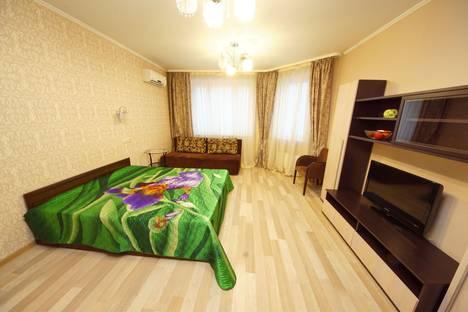 Сдается 3-комнатная квартира посуточно в Люберцах, проспект Гагарина 5/5.