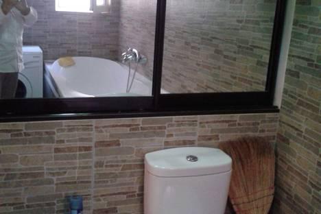 Сдается 3-комнатная квартира посуточнов Сухуме, Сухум.ул.Званба 25.