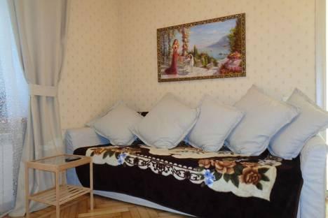 Сдается 1-комнатная квартира посуточно в Ялте, ул. Щербака 17.
