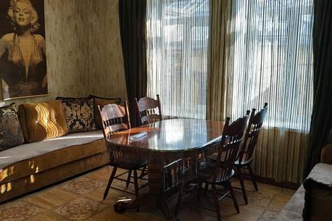 Сдается 2-комнатная квартира посуточно в Пятигорске, ул. Анисимова 5.