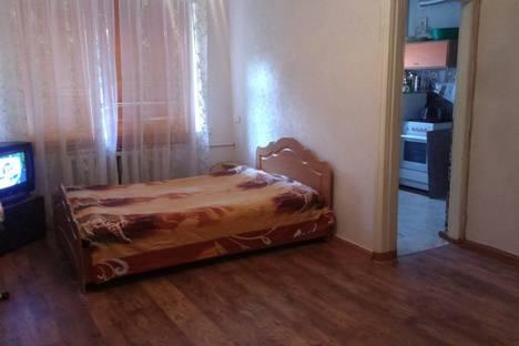 Сдается 1-комнатная квартира посуточно в Оренбурге, улица Братьев Башиловых, 6.