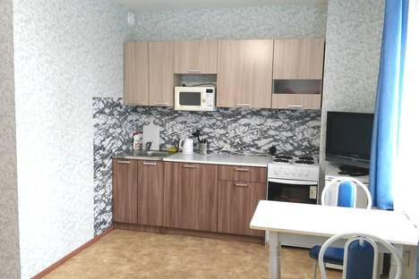 Сдается 1-комнатная квартира посуточнов Перми, улица Полевая, 10.
