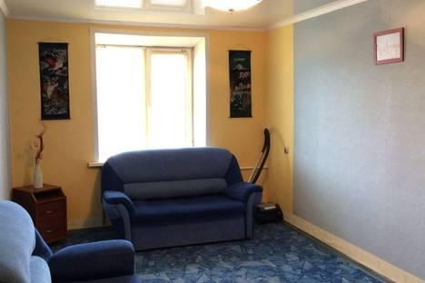 Сдается 2-комнатная квартира посуточно в Липецке, 8 Марта 9.