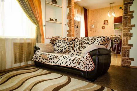 Сдается 1-комнатная квартира посуточно в Туле, переулок Городской, 33.