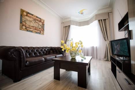 Сдается 2-комнатная квартира посуточнов Щёкине, проспект Ленина, 19.