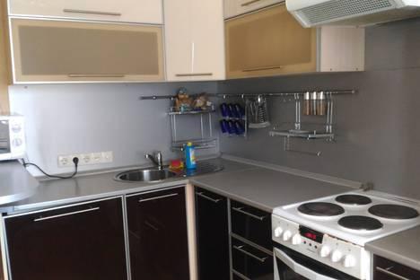 Сдается 2-комнатная квартира посуточнов Черногорске, Северный проезд, 15.