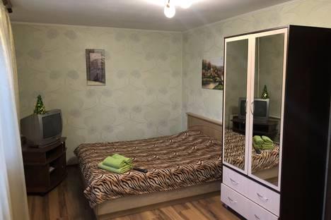 Сдается 1-комнатная квартира посуточно в Барановичах, ул. Комсомольская д. 35 кв. 4.