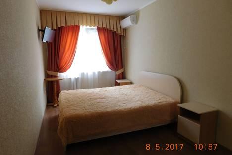 Сдается 2-комнатная квартира посуточно в Гурзуфе, ул. Соловьева 2.