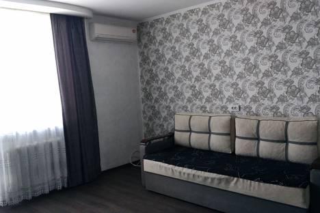 Сдается 2-комнатная квартира посуточно в Евпатории, проспект Ленина дом  56.