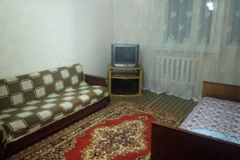 Сдается 2-комнатная квартира посуточно в Яровом, Квартал а 20.