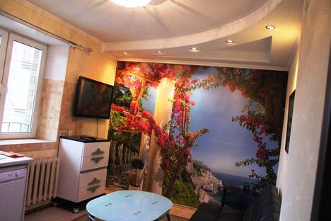 Сдается 2-комнатная квартира посуточно во Владимире, ул. Малые Ременники, 11.