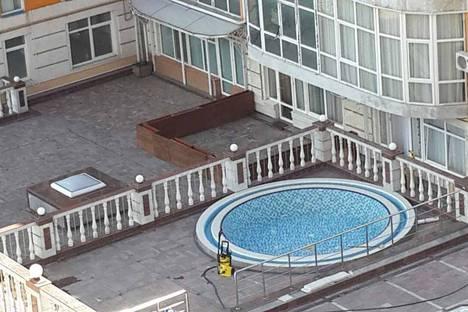 Сдается 2-комнатная квартира посуточно в Ялте, ул. Загородная 17в.