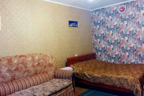 Сдается 1-комнатная квартира посуточно в Уральске, Северо-Восток 19.