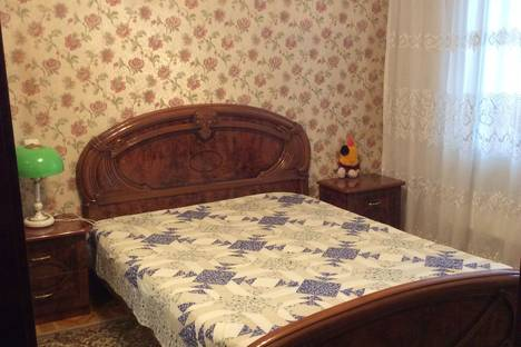 Сдается 2-комнатная квартира посуточно, улица Героев Десантников, 22.