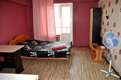 Сдается 1-комнатная квартира посуточно в Улан-Удэ, ул. Пионерская, 20б.
