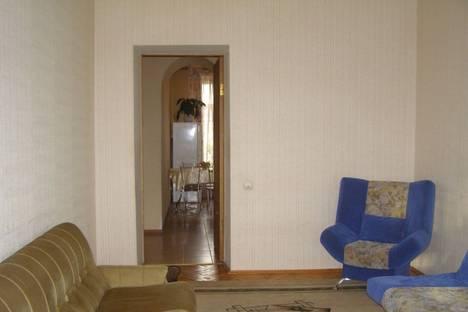 Сдается 1-комнатная квартира посуточно в Тольятти, улица 70 Лет Октября 41.