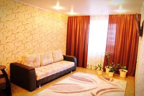 Сдается 1-комнатная квартира посуточнов Елабуге, ул. Шамиля Усманова, 27.