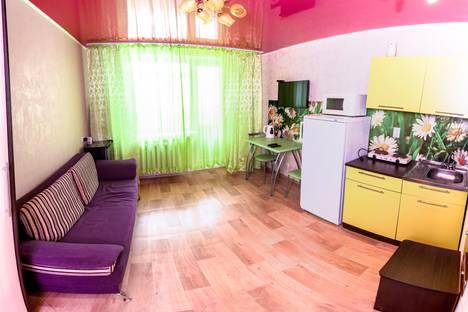 Сдается 1-комнатная квартира посуточно в Тюмени, Николая Семенова 29.