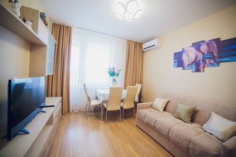 Сдается 1-комнатная квартира посуточно в Уфе, Комсомольская улица, 15.