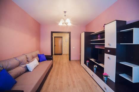 Сдается 2-комнатная квартира посуточно в Уфе, улица Октябрьской Революции 23а.