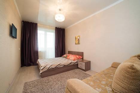 Сдается 1-комнатная квартира посуточнов Челябинске, улица Островского, 13А.
