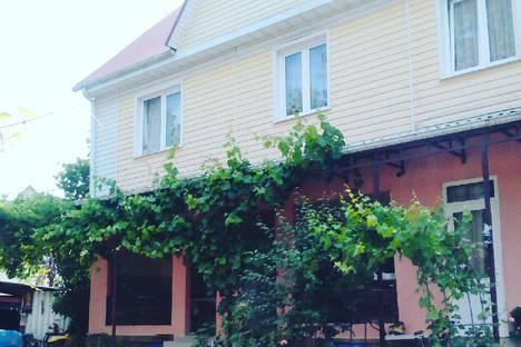 Сдается коттедж посуточнов Сочи, поселок Лоо,ул Разина 20.