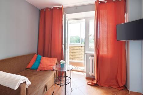 Сдается 1-комнатная квартира посуточно, ул. Безыменского, 17-г.