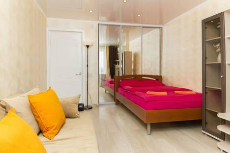 Сдается 1-комнатная квартира посуточно в Туле, улица Фрунзе, 14.