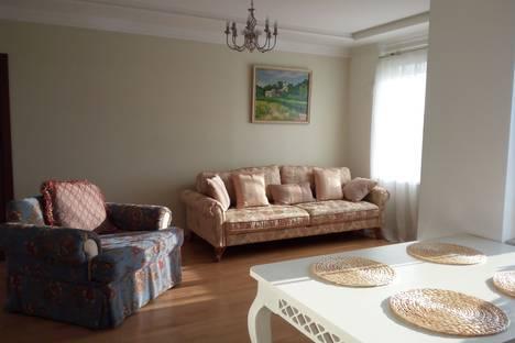 Сдается 2-комнатная квартира посуточно в Пскове, Владимирская 8.