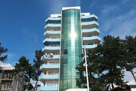 Сдается 3-комнатная квартира посуточно в Кобулети, Аджария, Кобулети.
