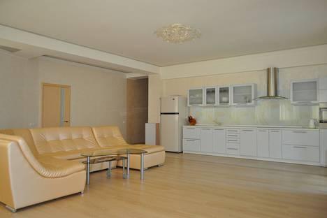 Сдается 2-комнатная квартира посуточно в Гурзуфе, 8б Гурзуфское шоссе.