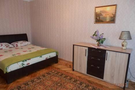 Сдается 1-комнатная квартира посуточно в Бердянске, улица Горького 45.