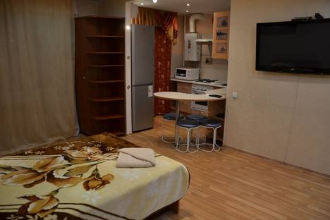 Сдается 1-комнатная квартира посуточно в Ухте, проспект Ленина, 22.
