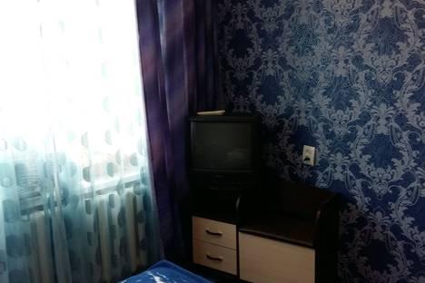 Сдается 3-комнатная квартира посуточно в Яровом, Квартал А дом 8.