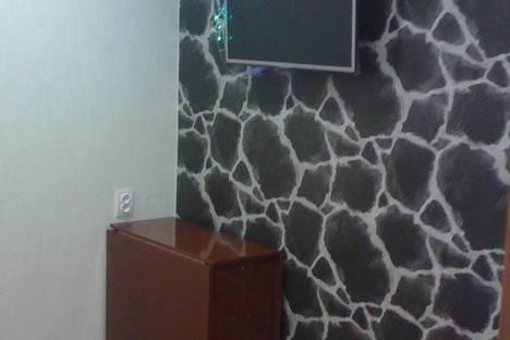 Сдается 1-комнатная квартира посуточно в Яровом, Квартал Б дом 30.