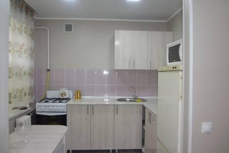 Сдается 2-комнатная квартира посуточно в Актау, 2 мкр, 21 рядом Море Пляж Парк.